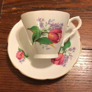 Collingwood bone China tea cup and saucer